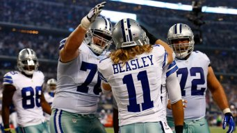 Cowboys Defeat Colts 42-7, Win NFC East