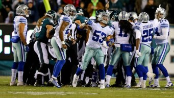 Cowboys Lead Eagles at Half, 21-10