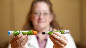 Experts Looked Inside Mylan's Upgraded EpiPen