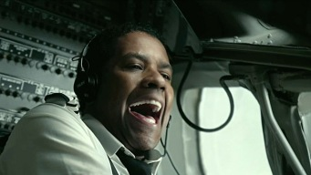 """Flight"" Soars Amid Oscar Consideration"