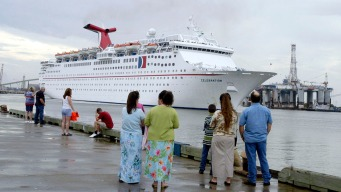 2 Carnival Ships to Swap Galveston, New Orleans Home Ports