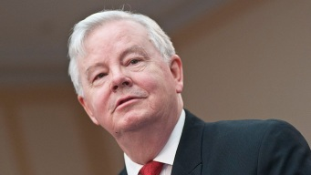 U.S. Rep. Joe Barton Apologizes for Sexually Explicit Photo Posted Online