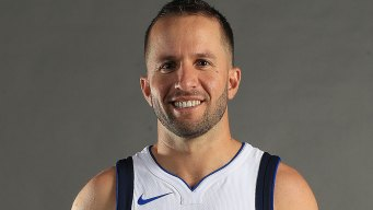 Mavs Barea Honored With NBA Cares Award
