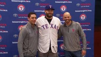 Rangers Introduce Lynn, Finalize $30M, 3-Year Deal