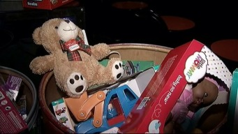 Rangers' Tanner Scheppers Leading Toy Drive