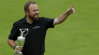 Lowry Wins British Open in Celebrated Return to Emerald Isle
