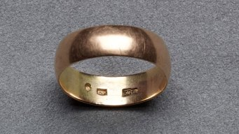 Oswald's Wedding Ring in Museum