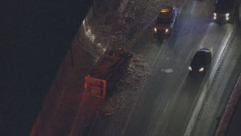 Overturned Box Truck Blocks Spur 408 in Dallas