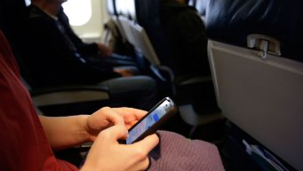 Government Proposal Envisions Phone Calls on Airline Flights