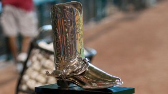 Silver Boot Comes With AL West Title in 2015