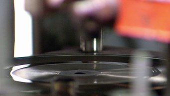 Bringing Back the Sounds of Vinyl