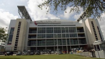 Man Dies After Fall at Reliant Stadium