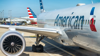 American Airlines Shares Hit 2-Year Low on Investor Update