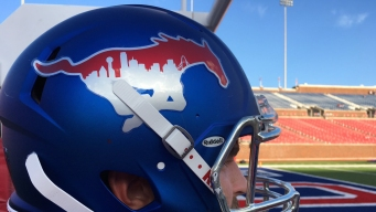 SMU Football Helmet Pays Tribute to Dallas First Responders