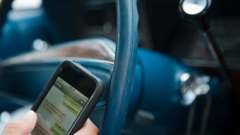 Gov. Abbott Signs Texting While Driving Ban Into Law