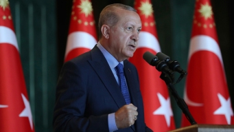 Turkey's Erdogan Vows US Boycott, But Diplomats Resume Talks