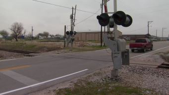 Fort Worth Community 'Trapped' By Trains