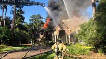 2 Hurt in Fire at 10,000-Square-Foot Mansion Near Houston