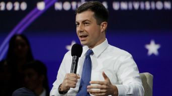 Buttigieg Tops New Iowa Poll of Democratic Presidential Hopefuls