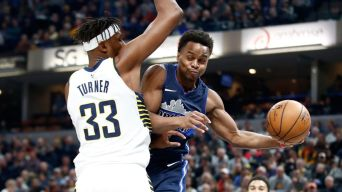 Nowitzki, Mavericks Beat Pacers to End Eight-Game Road Skid