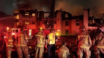 Vacant Apartment Complex Burns in Dallas