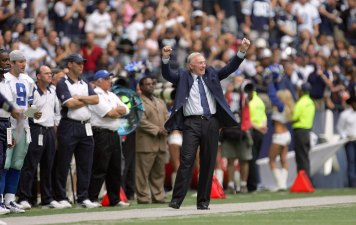 Jerry Jones To Keep GM Role