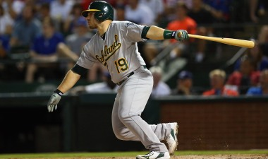 Phegley's Hit Lifts A's to Win Over Rangers