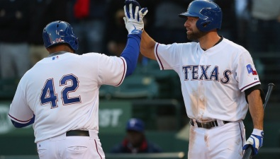 Fielder Ends HR Drought, Rangers Beat Mariners 5-0
