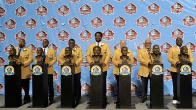 Former Cowboys Parcells, Allen Enter Hall of Fame