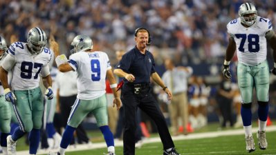 Cowboys Hold Off Giants, 36-31