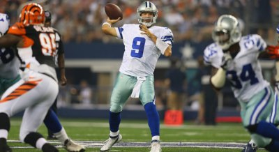 Romo Tosses 2 TDs in Win Over Bengals