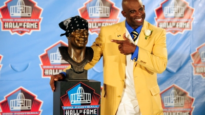Deion Sanders Enters Hall of Fame