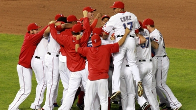 WORLD SERIES BOUND! Rangers Win 2nd ALCS
