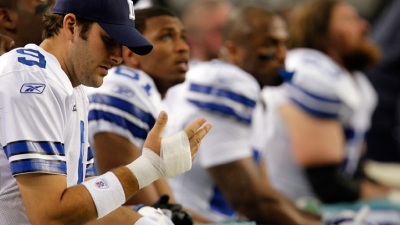 Romo Makes Throws at Practice