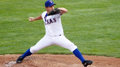 Oswalt Makes Relief Debut As Rangers' Pen Comes Up Big