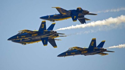 Cowboys K Dan Bailey Rides With Blue Angels