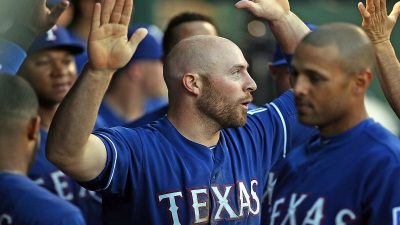 Rangers End 8-Game Skid With 5-4 Win Over Twins