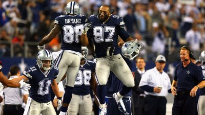 Cowboys Top Raiders, 31-24