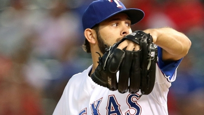 Martinez, Holland Both Pitch in Finale