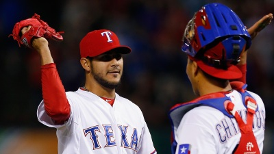 Rangers Top White Sox in Perez's 1st Shutout