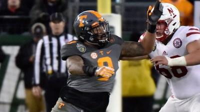 Scouting the NFL Draft: Tennessee EDGE Derek Barnett