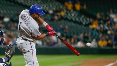 Andrus' HR, 3 Doubles Lead Rangers Past Mariners 10-7