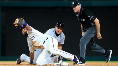 Andrus 4 RBIs as Rangers Beat Tigers 12-6 for 3-Game Sweep
