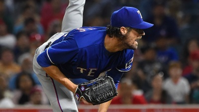 Beltre Homers, Hamels Pitches Rangers to 5-3 Win Over Angels