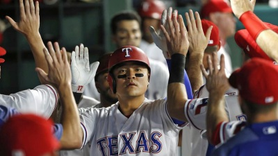 Rangers Rally to Beat the Yankees 11-5