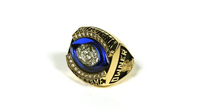 Jerry Jones to Receive Ring of Excellence Tonight