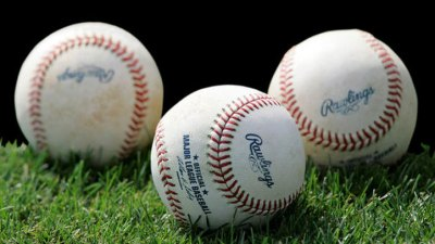 Blue Jays Win In 18th Inning, Beat Texas