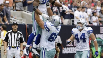 Cowboys Keep Free for $32M, 4 Years