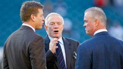Aikman Doesn't See Cowboys Drafting QB