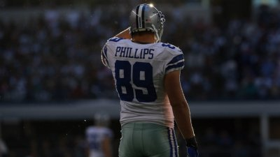 TE John Phillips Signs With Chargers